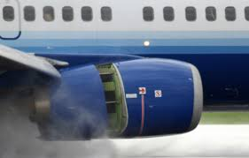 Do airliners ever use their reverse thrusters to push back? - Quora